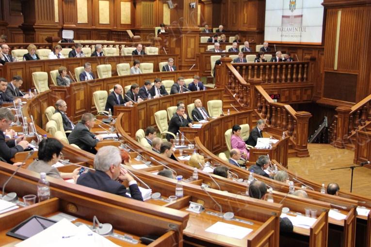 Parlament.rm_