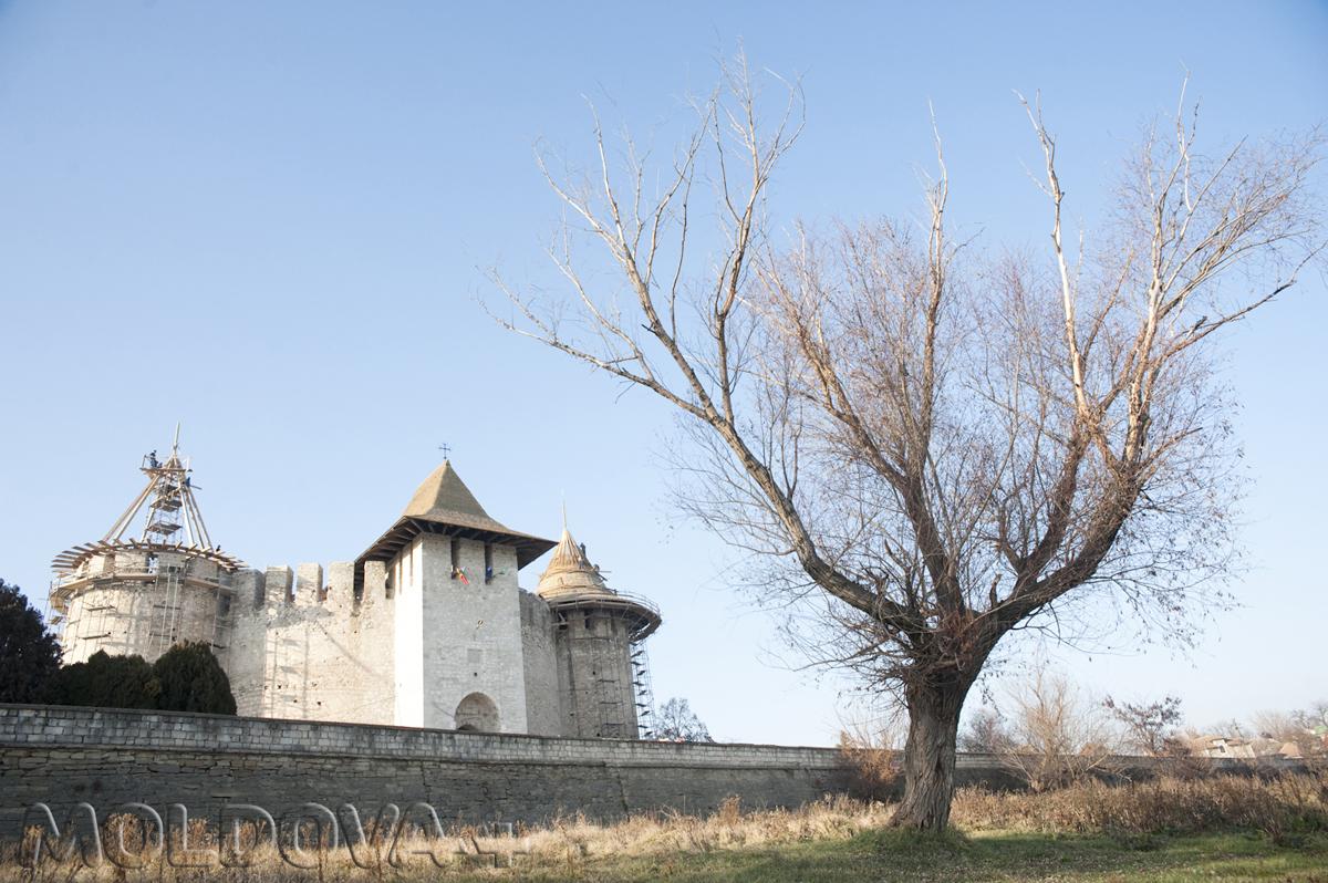 Cetatea-Soroca-13