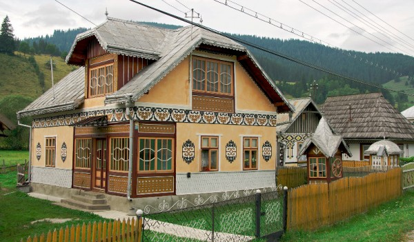 Casa-din-Ciocanesti-600x351