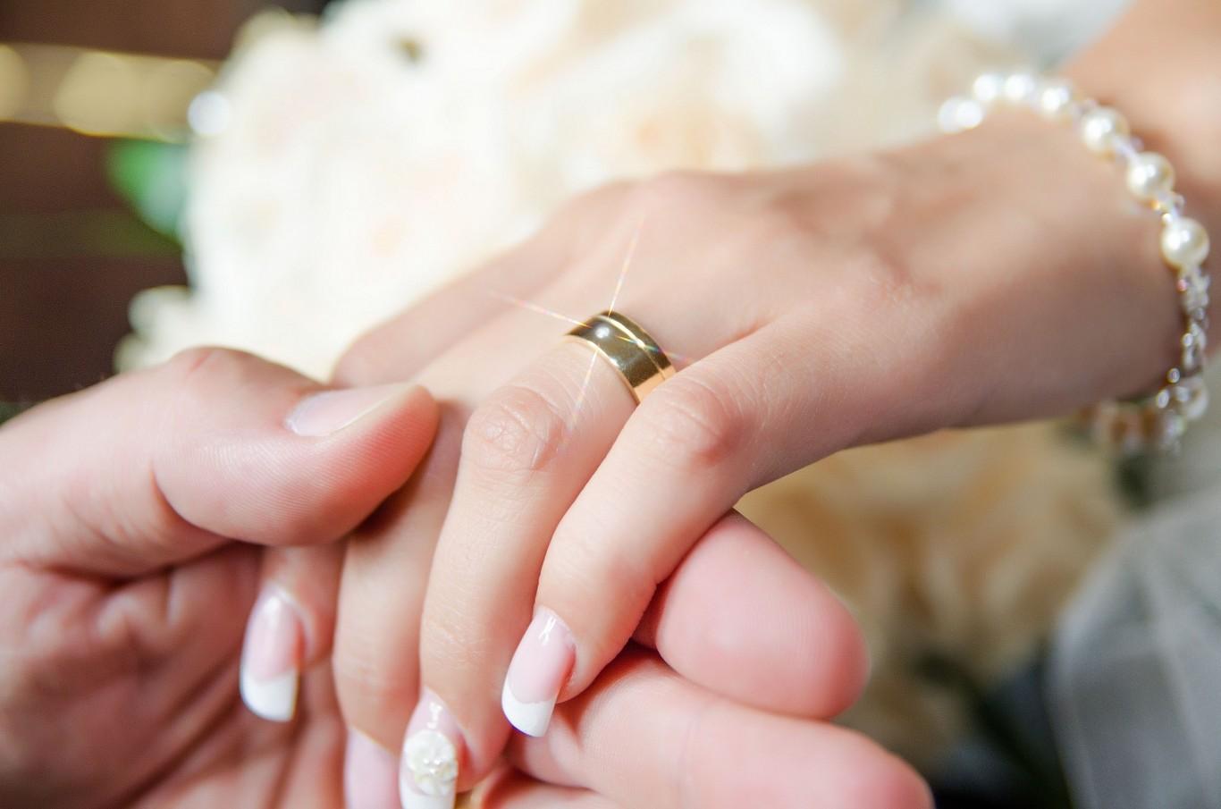 inel-casatorie-deget-verigheta