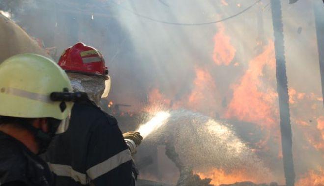 incendiupompiericampeni-1525339233
